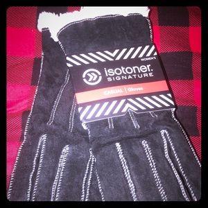 Isotoner Signature Suede Gloves